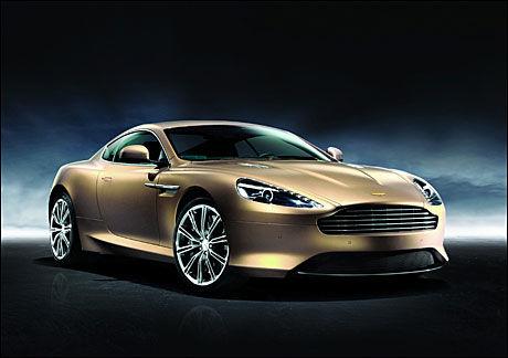 KINA-LUKSUS 1: Kina er faktisk det tredje største markedet i verden for Aston Martin. Dragon 88, inneholder flere detaljer i 24 karat gull. Det er spesielle eksteriørfarger som skal symbolisere noe (den avbildede bilen er i champagnefarge som skal signalisere rikdom og vellykkethet.) Det er også broderte gulldragesymboler i hodestøttene. Foto: Produsent