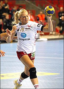 GOD IGJEN: Linn Jørum Sulland var god offensivt, med 16 mål på de to sluttspillfinalene. Foto: Arkivfoto: Alf Øystein Støtvig
