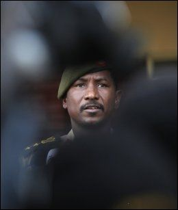 TALSPERSON: Oberst Sawarmi Khalid Saad. Foto: REUTERS