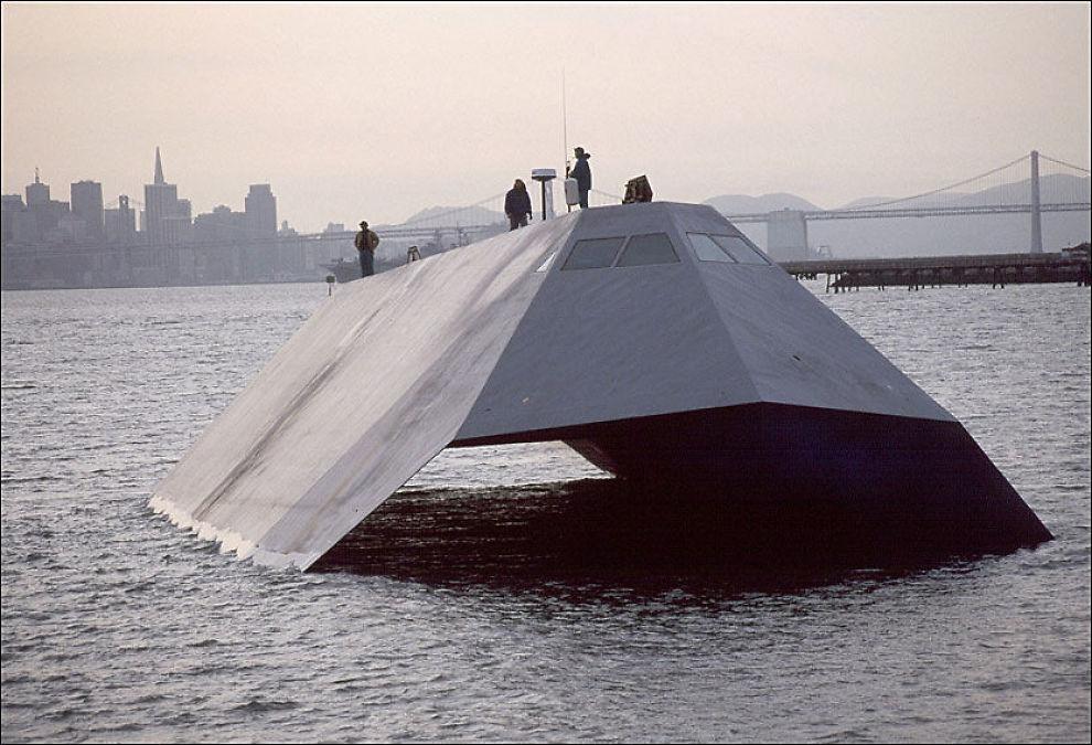 USYNLIG: Sea Shadow ser ut som om en båt fra en annen verden, men på radaren skal den være umulig å se i det hele tatt. Foto: US Navy