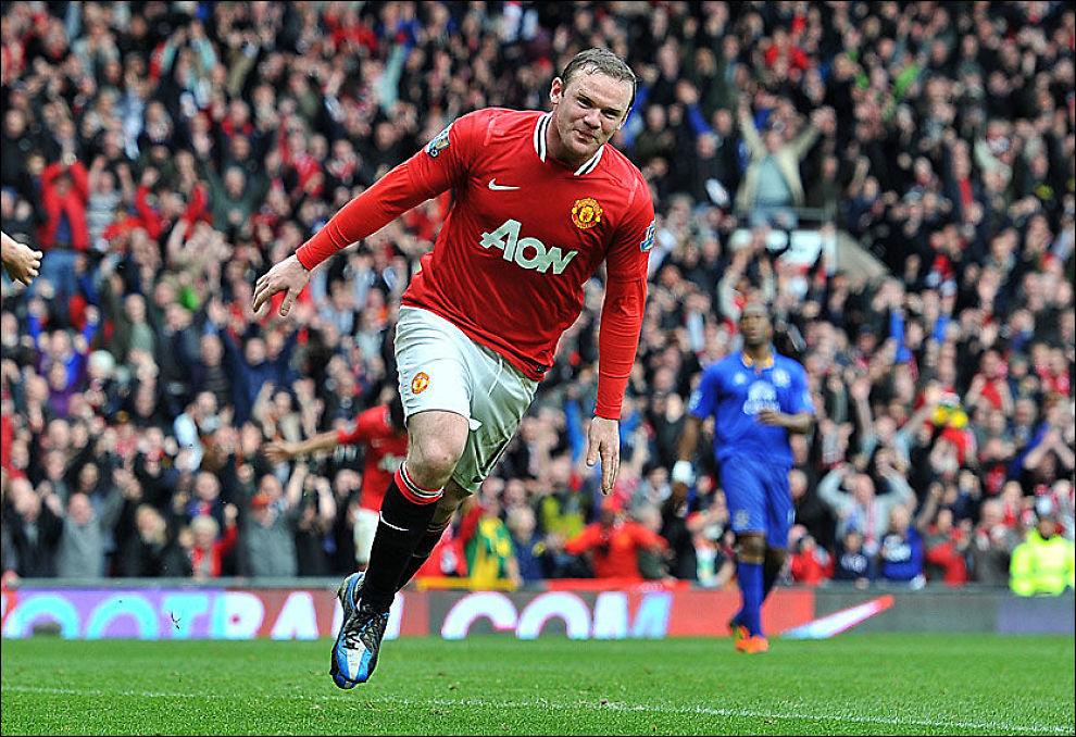 TIL NORGE! Wayne Rooney og Manchester United møter Vålerenga i sommer. Her feirer Rooney et mål mot Everton i april. Foto: PA