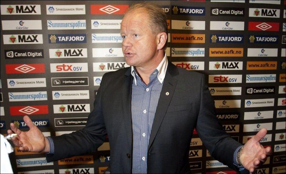 TIL DANMARK? Per-Mathias Høgmo skal ifølge Politiken ha vært i møter med den danske klubben Odense. Foto: Scanpix