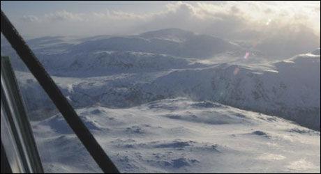 IKKE UVÆR: Dette bildet viser at været var fint og klart 7 minutter før Hercules-ulykken. Foto: Havarikommisjonen