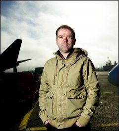 PROTESTERER: Nestleder i Norsk flygerforbund, Christian Langvatn, deltok i dag i demonstrasjon i Køln mot de nye arbeidstidsbestemmelsene som AEAS ønsker å innføre. Foto: Arkivfoto: GØRAN BOHLIN