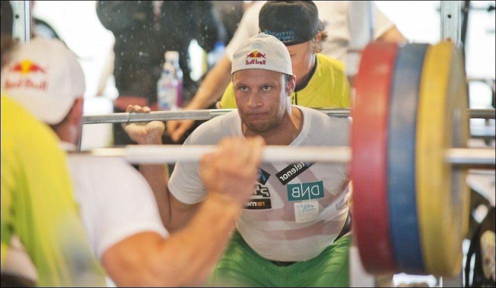 SJANSELØS: Aksel Lund Svindal jaktet Kjetil André Aamodts «Ironman»-rekord, men var sjanseløs. Foto: Fredrik Varfjell, NTB Scanpix
