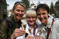 Champagne-damer på tur
