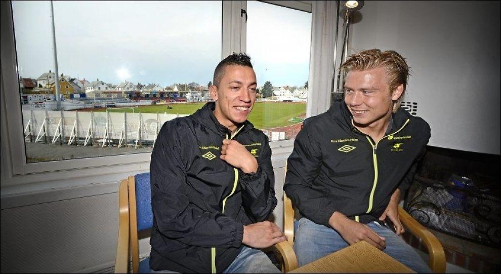 RIKTIG KJEMI: Nikola Djurdjic (til venstre) og Alexander Søderlund (høyre) trives i hverandres selskap både på og utenfor banen. Her er de to avbildet noen dager før oppgjøret mot Brann i april i år. Foto: Bjørn S. Delebekk, VG