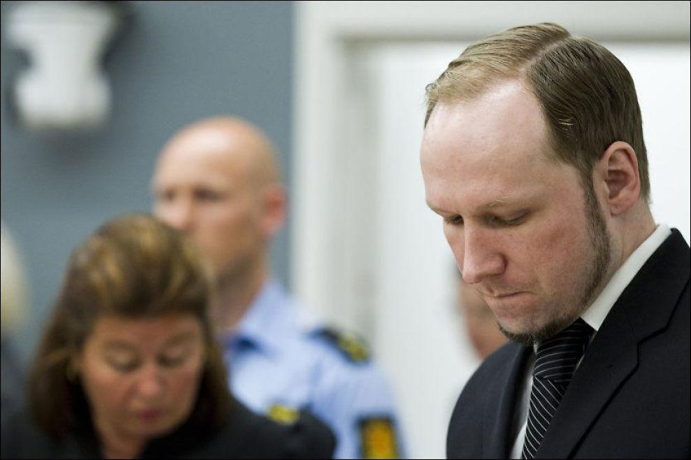- MENTALT SKADET: Breivik innrømmet for første gang torsdag at han lar vitneforklaringene fra de overlevende etter Utøya-massakren gå kraftig inn på seg. Foto: Scanpix
