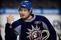 KHL-klubb hevder Zuccarello har signert
