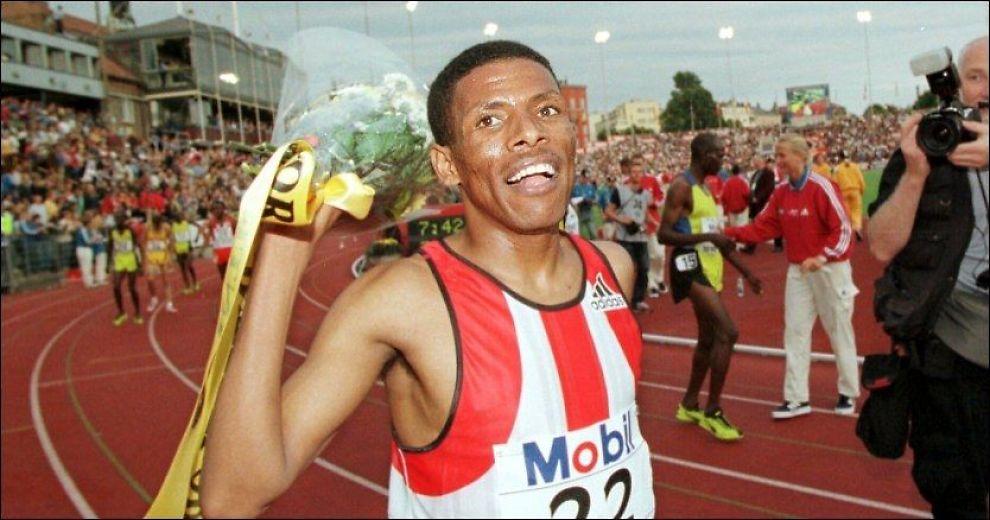 GAMMEL HELT: Haile Gebrselassie, her avbildet på Bislett i 1998, har preget verdenstoppen i friidrett i mange år. Men London-tur blir det ikke på etioperen. Foto: Arkivfoto: Lars Aamodt, Scanpix