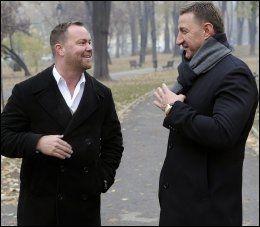 LIVVAKTEN: Daniel Webb (t. v.) med Milan Sevo, som han jobbet som livvakt for i mange år. Her i Beograd i 2011. Foto: AFTONBLADET