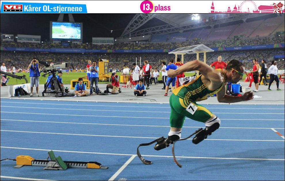PÅ VEI MOT OL: Oscar Pistorius, her fra hans 400 meter under VM i Daegu i fjor, forbereder seg til OL i London. Foto: AP