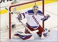 Svenskenes superkeeper kan stikke av med tre NHL-priser