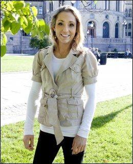 OPPGITT: Samtidig som hun er glad for at flere privatskoler får slippe til i Norge er Mette Hanekamhaug (Frp) oppgitt over at SVs Kristin Halvorsen anklager høyresiden for å ville rasere Skole-Norge. Foto: Magnar Kirknes