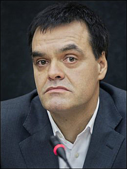 TAR AVGJØRELSEN: Fagdommer Arne Lyng og de andre i retten skal ta avgjørelsen i dommen. Foto: SCANPIX