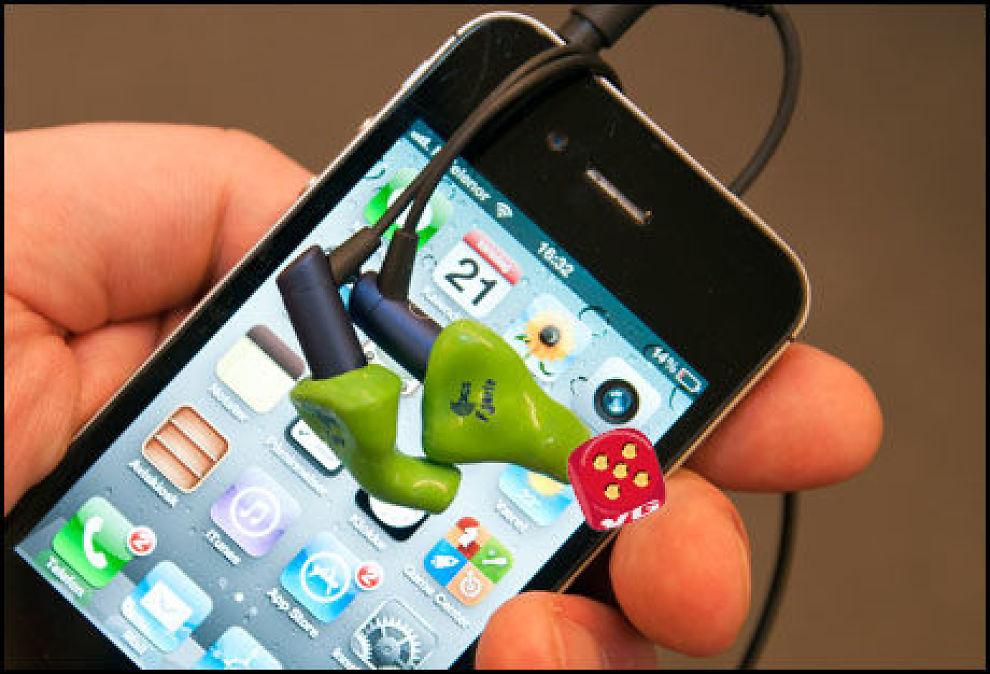 Etymotic HF3 er laget for bruk med Apples iOS-produkter. (Foto: Finn Jarle Kvalheim, Amobil.no)
