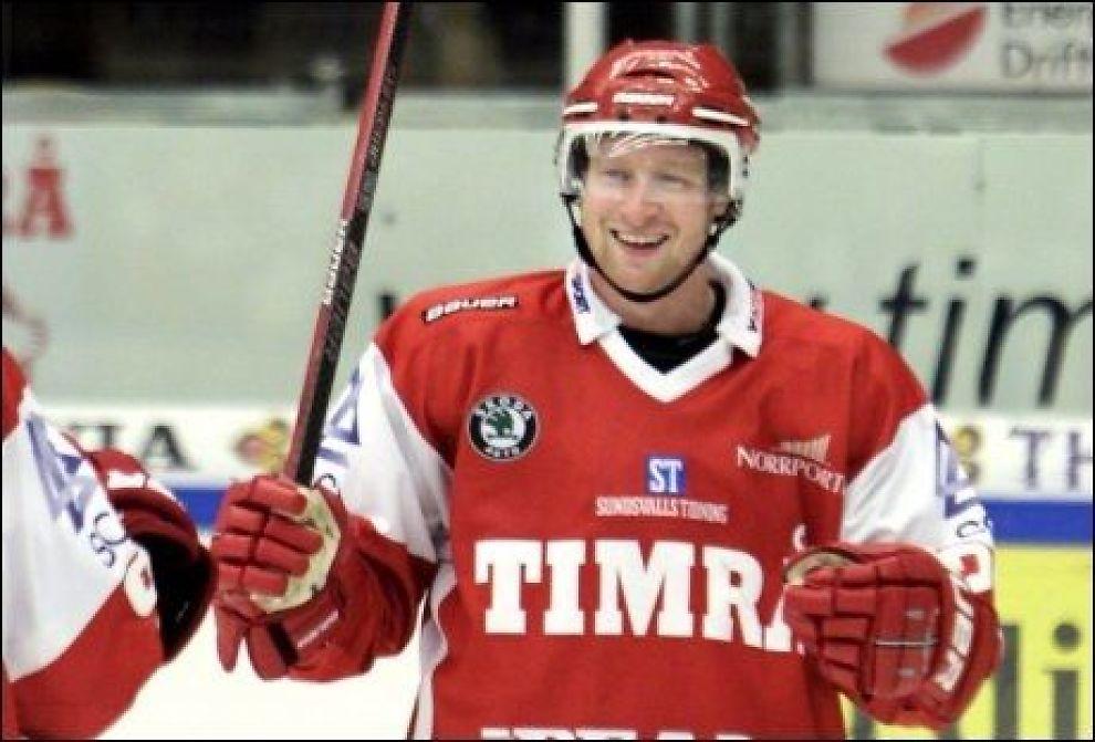 TIL FÄRJESTAD: Martin Røymark er klar for den svenske klubben. Her i Timrå-drakt fra 2010-sesongen. Foto: SUNDSVALLS TIDNING