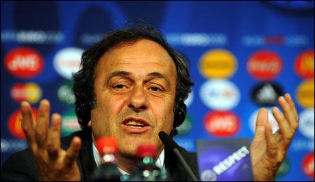TIDENES TOPPSCORER: Michel Platini scoret ni mål da Frankrike ble europamestere på hjemmebane i 1984. Foto: Arkivfoto: Bjørn S. Delebekk