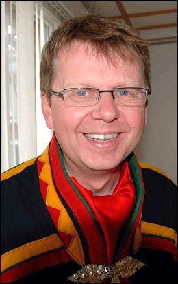LÆRTE SAMISK: Torkel Rasmussen, lektor ved Samisk høgskole, var voksen da han lærte seg å snakke samisk. Foto: Festivalbiblioteket på Riddu