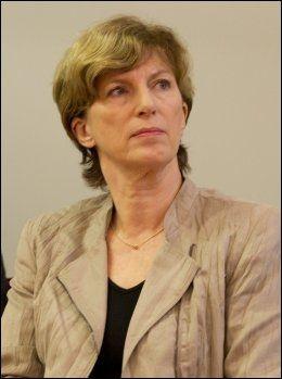 - MØTEPLIKT: Stortingsrepresentantene har møteplikt også i komiteene, sier stortingsdirektør Ida Børresen. Foto: NTB SCANPIX