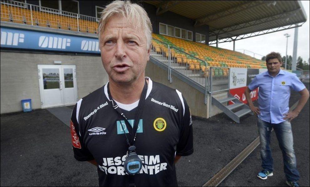 MØTER GAMLEKLUBBEN: Ull/Kisa-trener Arne Erlandsen og laget møter HamKam 18. juli. Foto: Helge Mikalsen, VG