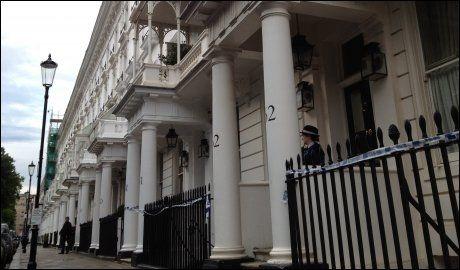 FUNNET HER: Åstedet i London der miliardæren Eva Rausing er funnet død. Foto: Ingvill Dybfest Dahl