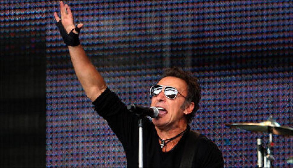 SPILLER I NORGE: Bruke Springsteen gjør minst tre konserter i Norge. Her fra hans konsert på Koengen i Bergen i 2009. Foto: Hallgeir Vågenes