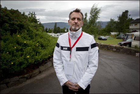 I STILLE ETTERTANKE: Jarl Robert Christensen har sammen med Vanessa Svebakk Bøhn frontet arrangementet. I dag mintes han sin datter Birgitte, som døde 15 år gammel.
