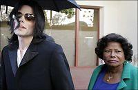 Michael Jacksons mor er savnet