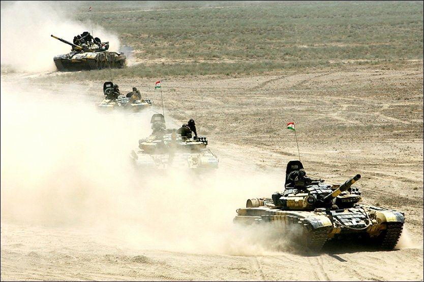 Minst ti soldater drept i Tadsjikistan