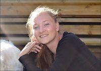 Etterlyser fører av personbil etter Sigrids (16) forsvinning