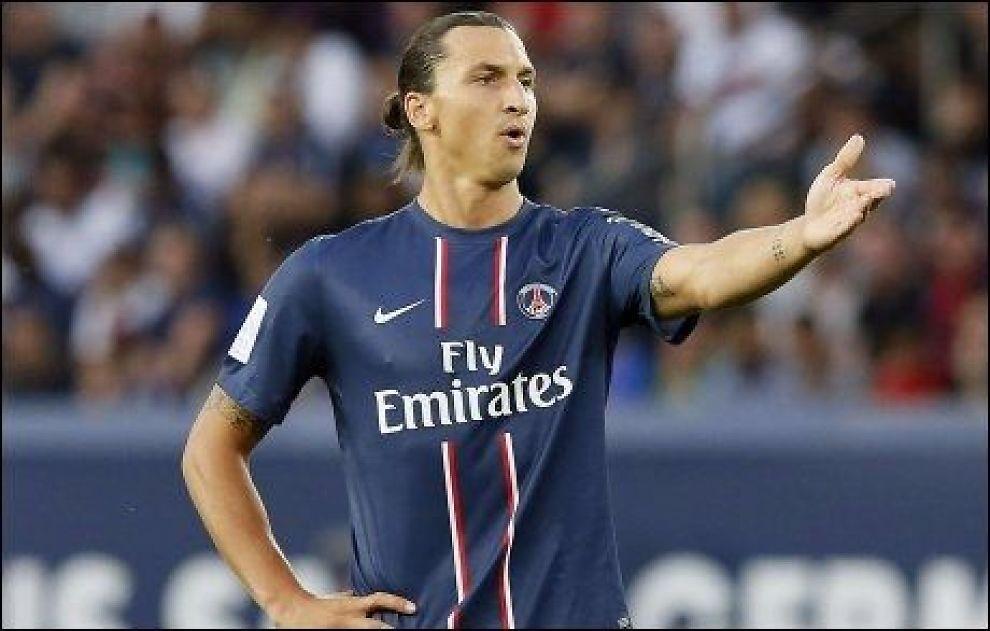 SCORET: Zlatan Ibrahimovic scoret begge Paris Sint-Germains mål i serieåpningen mot Lorient. Foto: Afp