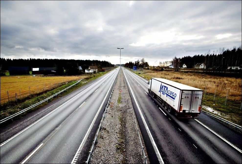 GRENSENE STO ÅPNE: Varsel om grensekontroll som her ved Svinesund kom aldri frem. Foto: VG