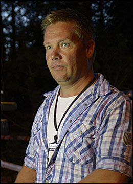 ETTERFORSKER: Rune Isaksen, fungerende leder av etterforskningsseksjonen ved Follo politistasjon, er på funnstedet. Foto: HELGE MIKALSEN/VG