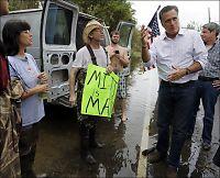 Demokratene om Romneys orkan-besøk: Toppen av hykleri