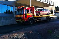 Fraktet bort biler fra funnstedet