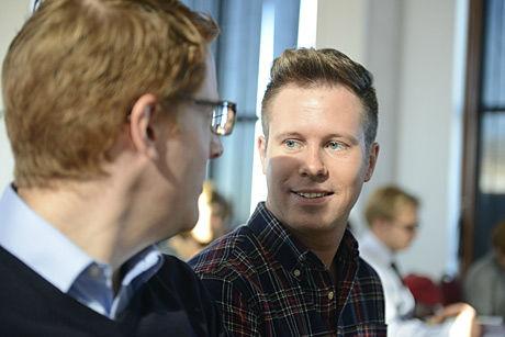 AUF-leder Eskil Pedersen og styreleder i Utøya AS Martin Henriksen presenterer det nye konseptet for Utøya på Stratos i Oslo. Foto: Fredrik Varfjell / NTB scanpix