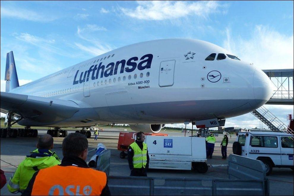 PÅ BAKKEN: Streiken i Lufthansa gjør at flere av flyene til det tyske flyselskapet må tilbringe dagen på landjorda. Foto: JAN OVIND / VG