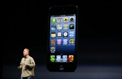 LANDSERTE: Phil Schiller presenterte iPhone 5 i California onsdag. Av: BECK DIEFENBACH/REUTERS