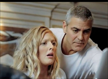 FØRSTE MØTE: Sånn så det ut da Julie og George møttes på norske TV-skjermer i fjor. Foto: DnB NOR
