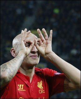 SCORET TO: Jonjo Shelvey scoret to mål i Liverpools 5-2-seier mot Young Boys. Foto: Reuters