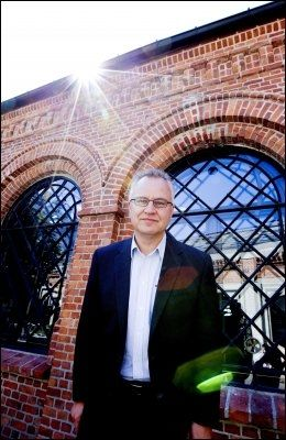 HAR SHARP SOM FAVORITT: Direktør ved fredsforskningsinstituttet PRIO, Kristian Berg Harpviken, har Gene Sharp som en av sine favoritter. Han utelukker heller ikke enda en kandidat fra den arabiske våren. FOTO: NTB SCANPIX