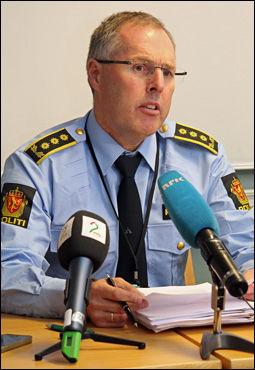 PÅTALELEDER: Politiinspektør Magnar Pedersen har totalt siktet fem personer for drapet natt til mandag. Foto: JARLE BRENNA / VG