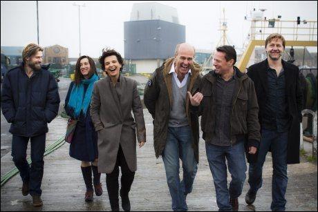 STJERNELAG: Fra venstre: Nicolaj Coster-Waldau, Maria Doyle Kennedy, Juliette Binoche, Erik Poppe, Larry Mullen og Mads Ousdal. Foto: TERJE BRINGEDAL, VG.