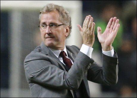 FREMHEVET LAGET: Erik Hamrén ville syntes det ble altfor mye fokus på Zlatan Ibrahimovic etter 4-2 mot England. Foto: Reuters
