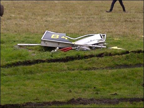 KJØRT NED: Dette skiltet ble kjørt ned av SAS-flyet. Foto: 2200-tipser