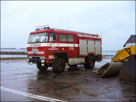 SOLGT PÅ FINN: Det var 1981-modellen DAF veteranbrannbilen fra Berg brannvesen som rykket ut til ulykken. Noen uker senere ble den solgt på Finn.no. Pris: 10.000 kroner. Foto: BERG BRANNVESEN