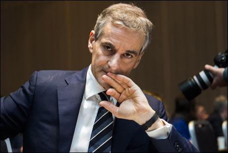 SKEPTISK: Helseminister Jonas Gahr Støre kan allerede avvise noen av utvalgets forslag. Foto: NTB SCANPIX