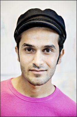 HAVNET PÅ MUSLIMLISTEN: Stylisten Amar Faiz visste ikke at han sto på listen. Han forstår at muslimer som står på listen kan føle at de er hengt ut og frykte at noen kan komme for å ta dem.FOTO: EIVIND GRIFFITH BRÆNDE / VG