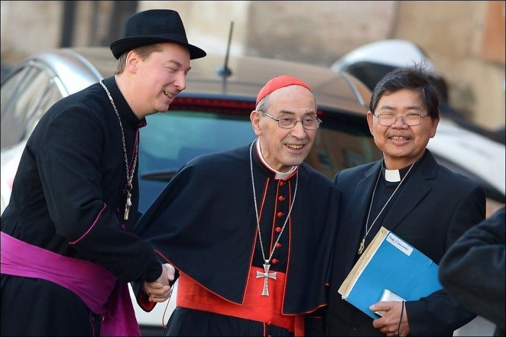 SNEK SEG INN: Mannen kom seg inn i Vatikanet og utga seg for å være biskop. Foto: AFP